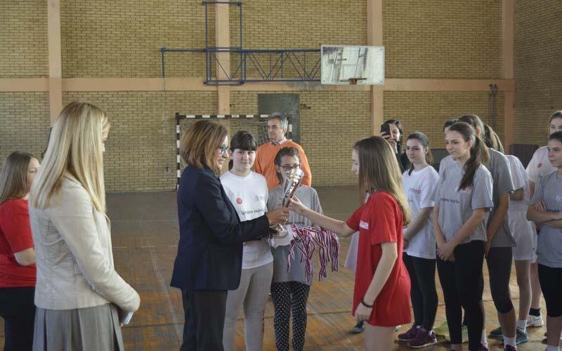 Fudbalski turnir za 40 devojaka sa i bez intelektualne ometenosti